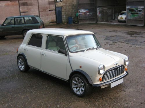 Four Door Mini & Best 25+ Mini cooper 4 door ideas on Pinterest | Used mini ... Pezcame.Com
