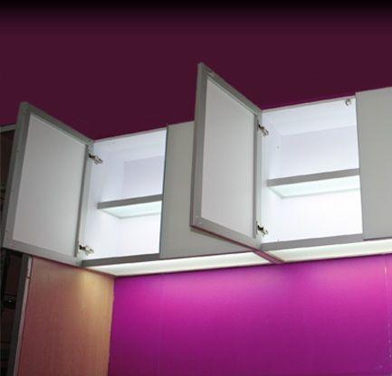 Sistema armado con perfil de aluminio 100 virgen for Muebles de cocina de aluminio