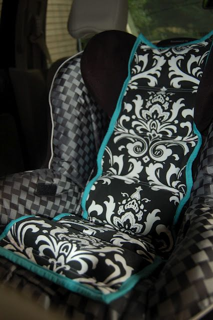 Car Seat Cooler - need to make one for both of my A's! Always feel bad sticking a kid in a hot car seat.
