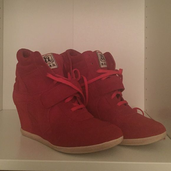 Ash sneaker wedges Red Ash sneaker wedges. Excellent condition, like new (worn only once). Ash Shoes Sneakers