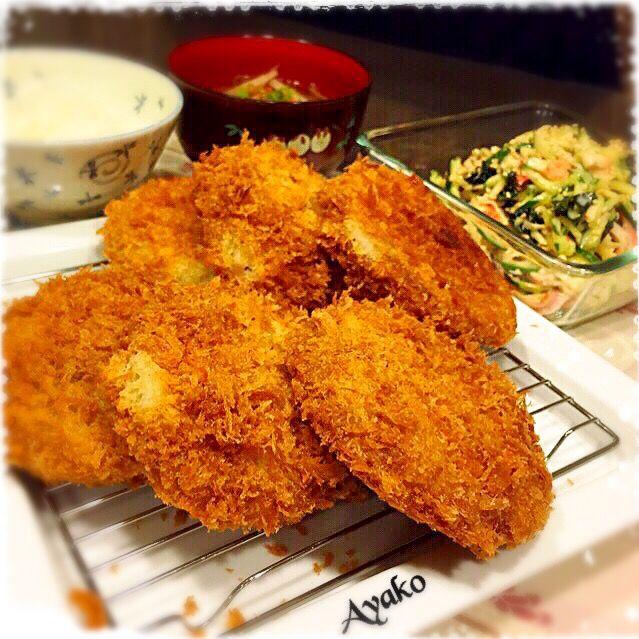 ・ご飯 ・根菜のお味噌汁 ・メンチカツ ・切り干し大根のサラダ 今日は、和食です(*^^*) - 95件のもぐもぐ - ふつうの晩ごはん by ayako1015