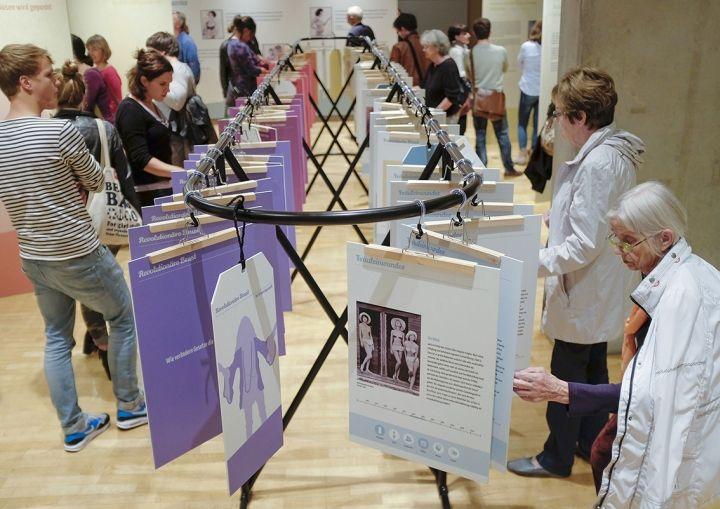 Bodytalks – 100 Jahre BH exhibition by VAVE, Frankfurt/Main – Germany