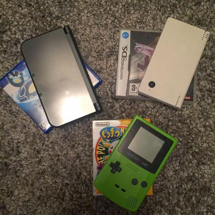 By retrodre: Gotta catch 'em all #retro #retrogaming #zelda #like4like #love #follow #f4f #l4l #mario #donkeykong #japanese #gameboy #nintendo #gamecube #wii #n64 #nes #gamer #game #collection #collector #gamecollection #pokemon #nintendods #3ds #pikachu #playstation #supernintendo #snes #retrogaming #microhobbit