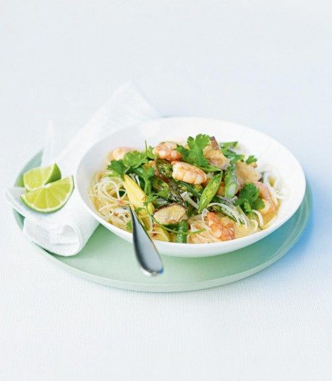 Enjoy a taste of the exotic with this delightfully quick and easy prawn laksa recipe.