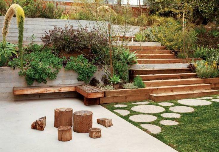 amenagement extérieur bordures plantes bois