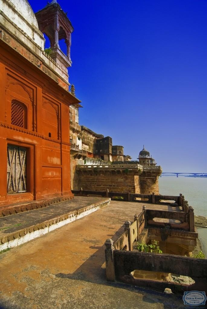 Varanasi: For spiritual health. Take a boat-ride down the ghats along River Ganga (especially at dawn). Learn yoga at the many yoga centres around town. Visit landmarks such as Kashi Vishwanath temple, Durga temple, Alamgir Mosque and Dufferin Bridge. #CoxandKings