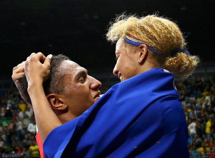 Un couple olympique, Tony Yoka chez les hommes (+ 91kg) et Estelle Mossely chez les dames (- 60 kg) ont remporté le titre olympique de boxe. C'était la love story rêvée pour la délégation française.