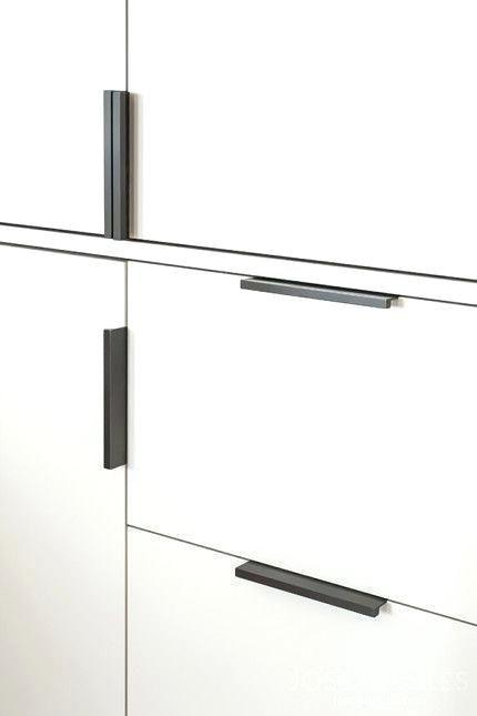 Image Result For White Kitchen Black Finger Pulls Kitchen Door Handles Kitchen Cabinet Pulls Black Kitchen Cabinets