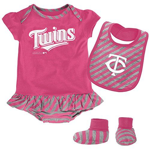 reputable site 5b56b d6b27 Twins Booties   Cool Minnesota Twins Fan Gear   Baby, Pirate ...