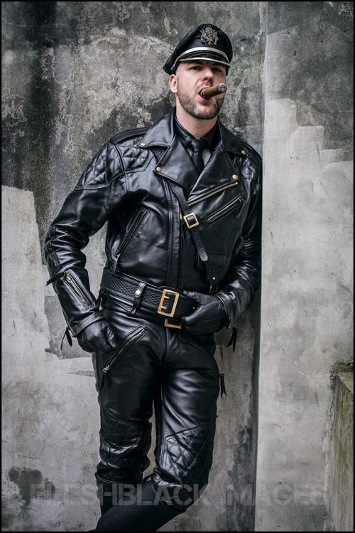 B O O T M A S T E R | Leather Men | Pinterest | Posts