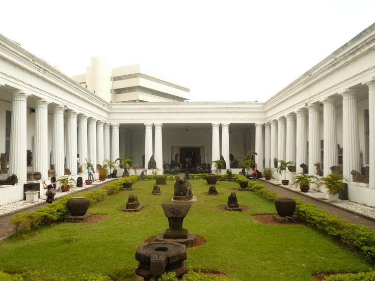 Museum Nasional (Gajah)