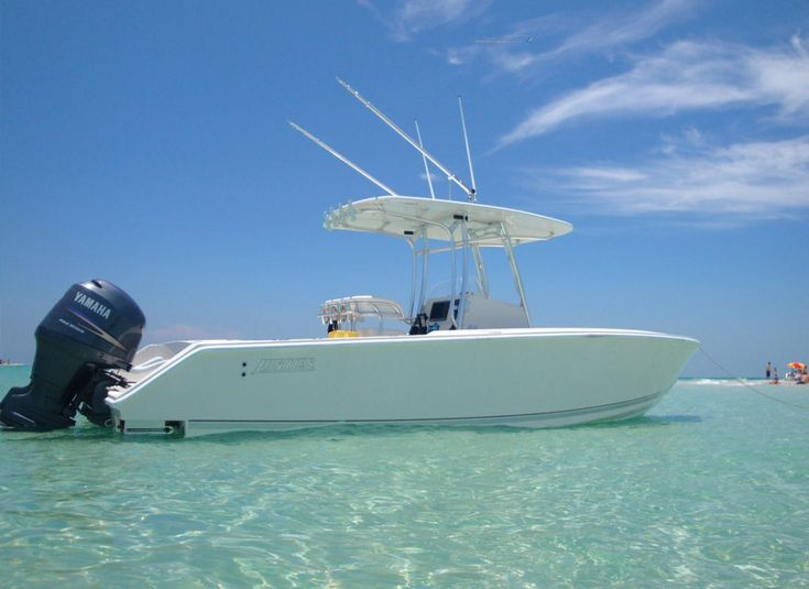 Sweet little Jupiter 26 center console with hard top and Yamaha power.
