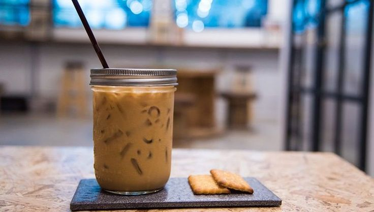 While a nice hot cup of coffee can be a nice warm treat on a winter morning, the same cup might be completely undesirable during a summer afternoon. Iced coffee is very easy to make with the AeroPress® coffee maker.