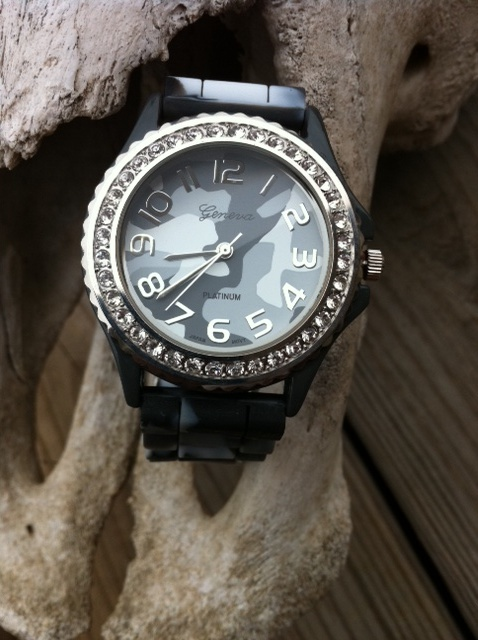 Blingy Watch Gray Camo Face (Large)- $18.00Watches Gray, Blng Watches, Blingy Watches