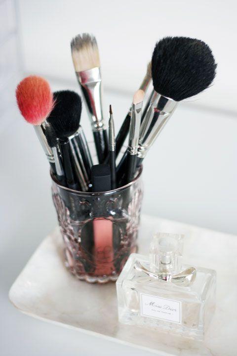 """IHeart Organizing: UHeart Organizing: """"Makeup"""" a Beautiful Organization System!"""