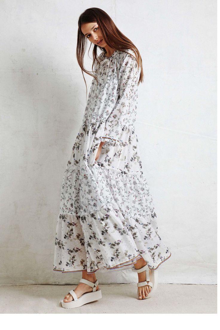 63 Best Travel Images On Pinterest Fashion Ideas Feminine Minimal Carter Pleated Shirt White Putih M Warm Resort 2017 Show