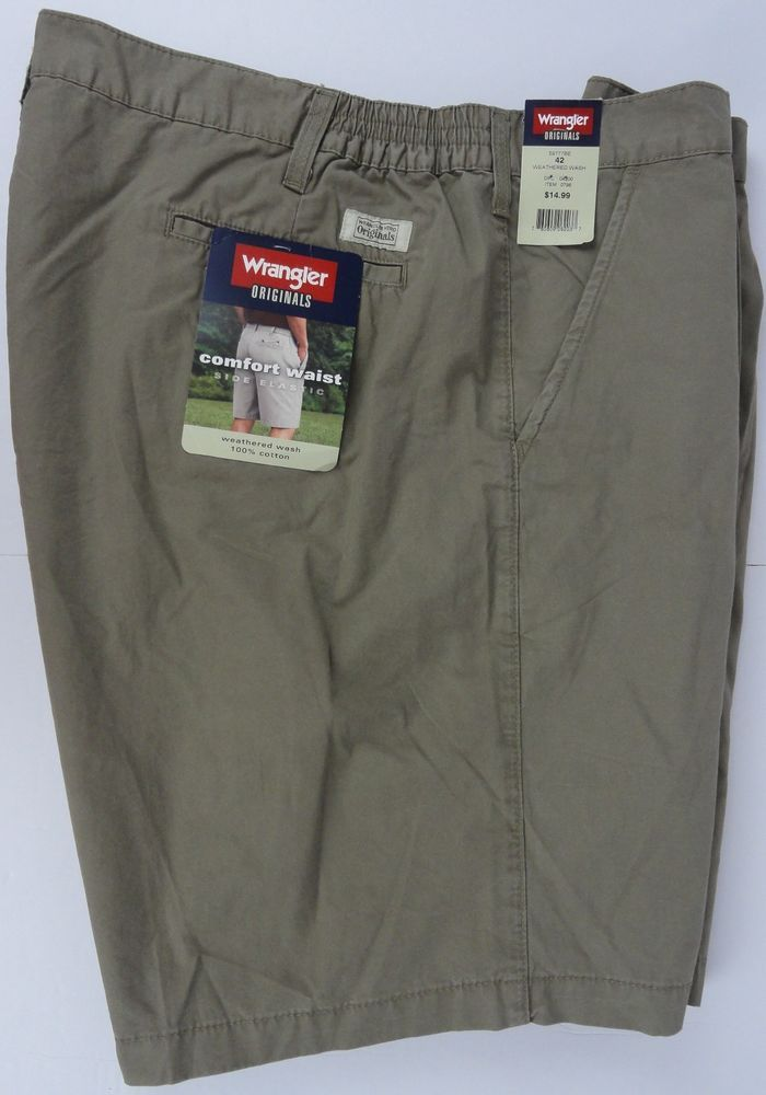 b828d30e31 NWT Mens WRANGLER Originals Comfort Waist Shorts 42
