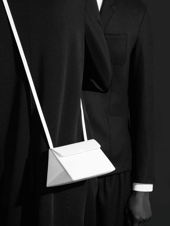 COS | Party Details White minimalist cross body bag. minimal, minimalist, accessory, bag