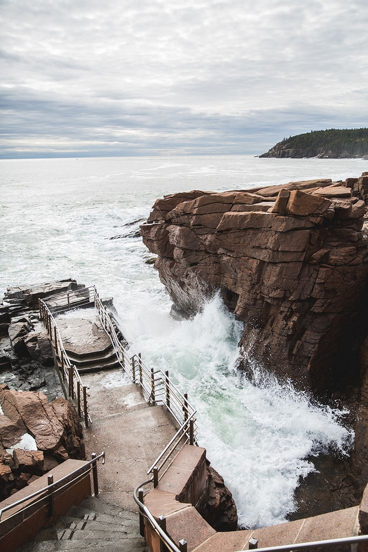 THUNDER HOLE Thunder Hole in Acadia National Park Thunder Hole in Acadia National Park  X Thunder Hole in Acadia National ParkThunder Hole in Acadia National Park       Travelers on Park Loop Road in Acadia National Park have certainly spoken these words many times; traveling past Sand Beach from the north, or past Otter Cliff from the South they are descending on one of Maine's most awe-inspiring natural wonders: Thunder Hole.