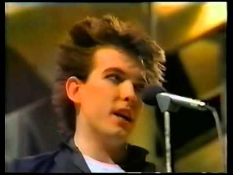 The Cure – Primary (Studio, TOTP) - YouTube