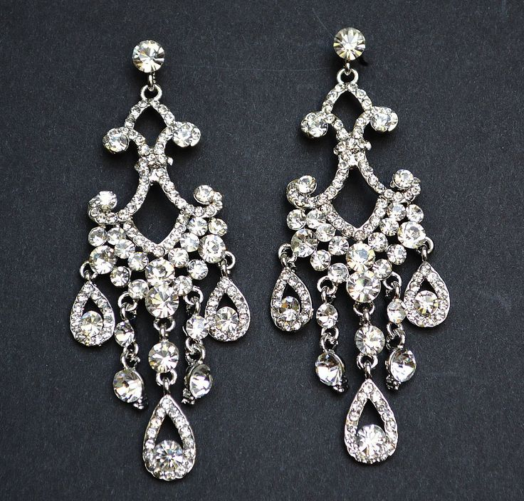 Best 25+ Bridal chandelier earrings ideas on Pinterest | Statement ...