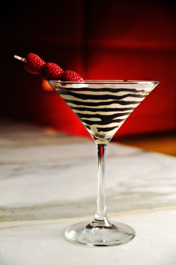 Tabu Lounge Chocolate Martini - this looks AMAZING...