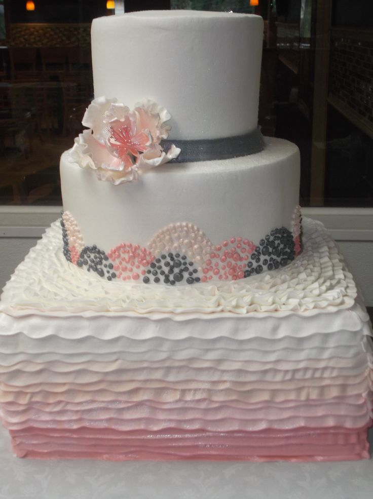 39 best cake flowers images on pinterest cake flowers cookies and rose. Black Bedroom Furniture Sets. Home Design Ideas