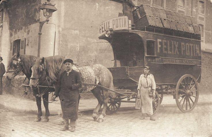 Un superbe attelage, voitures, chevaux et hommes, de Félix Potin, vers 1900.