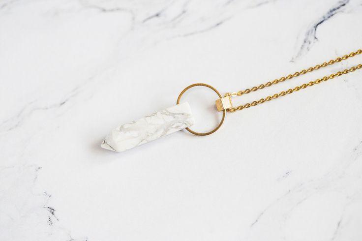 Ketten lang - Marmor Howlith Minimal Kreis Pendel Kette  - ein Designerstück von Kalinkati bei DaWanda
