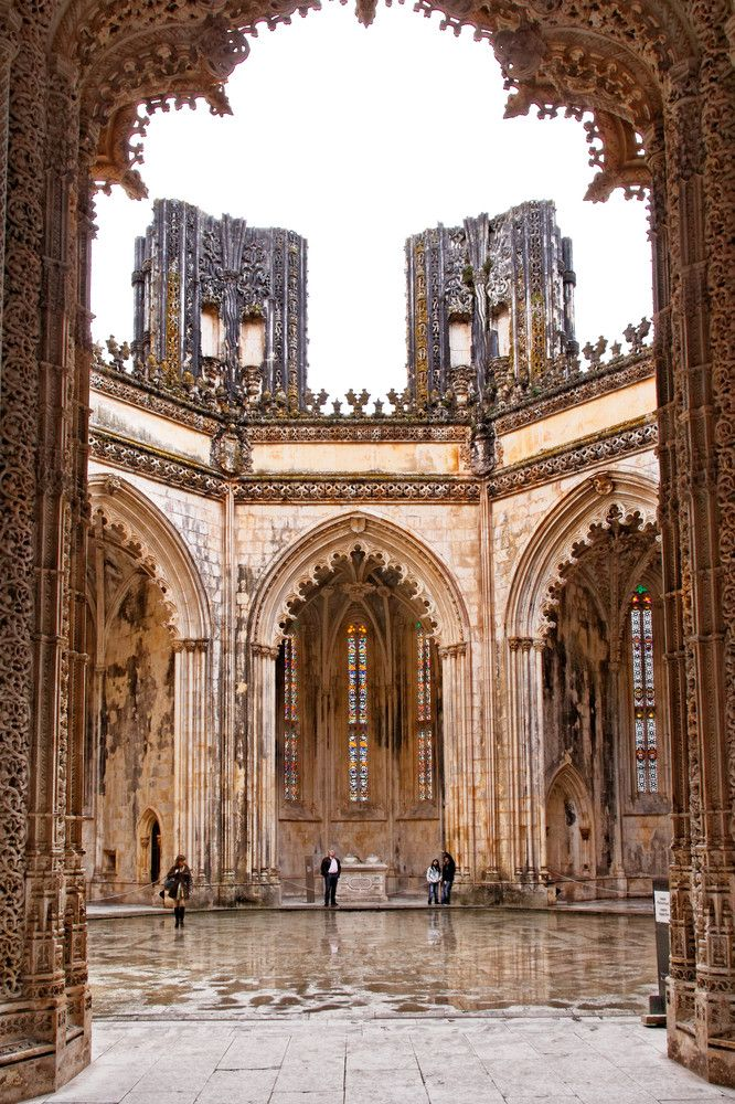 Batalha monastery : I want to visit it again, so beautiful Une des premières ville que j'ai visité au Portugal ; ce monastère, comme celui des Jeronimos à Lisbonne est somptueux ; une pure merveille