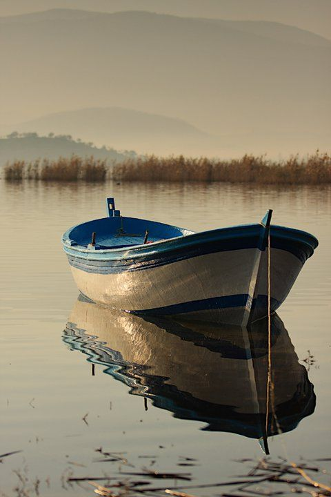 beautiful boat...beautiful reflection