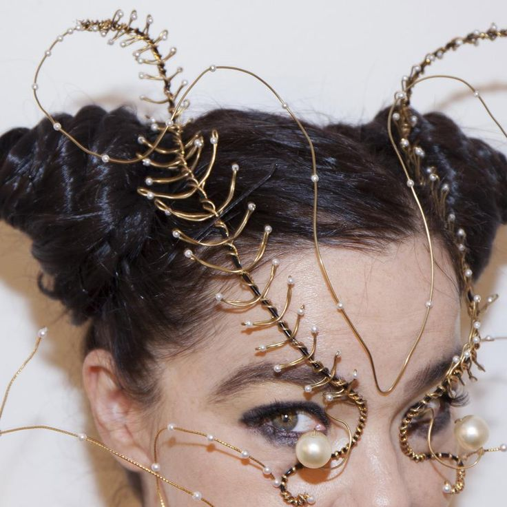 bjork's new virtual reality exhibition is a tour of her perfectly weird mind