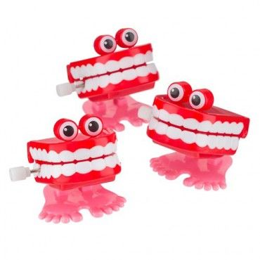 Chatter Teeth Party Bag Fillers 3 Pack for £1 at Poundland. Guaranteed to raise a smile.