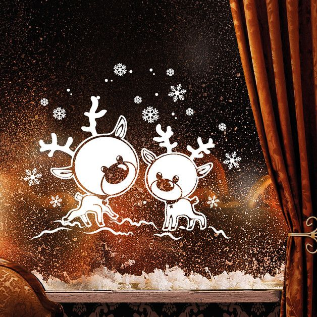 """_Fensterbild """"Rentiere im Schnee""""_ zur weihnachtlichen Dekoration in der Farbe **WEISS**  _Mit diesem Angebot erwerben Sie das Wandtattoo in der Größe:_  **35 x 44 cm**  Weitere Größe: 55 x..."""