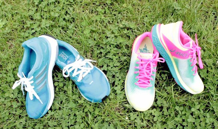 """Shoegazer, lo Shazam per le scarpe da ginnastica http://www.sapereweb.it/shoegazer-lo-shazam-per-le-scarpe-da-ginnastica/        Shoegazer Essere in un bar, per strada, in metro e vedere qualcuno che indossa un paio di scarpe bellissime, senzaavere l'occasione di chiedergli di che marca siano. Una di quelle situazioni in cui si pensa che, caspita, basterebbe davvero avere uno """"Shazam per le scarpe"""", per scopri..."""