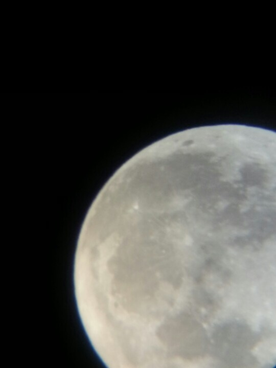 moon from my frnds telescope :-)