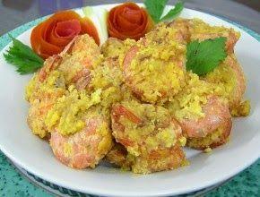 Suka dengan udang goreng telur asin . Udang dengan paduan telur asin dan tepung terigu sebagai bahan pelapisnya. Membuat sajian ini . Bisa ...