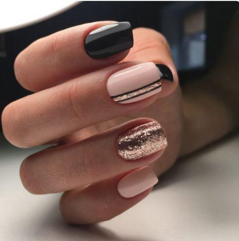unghii roz cu auriu si negru