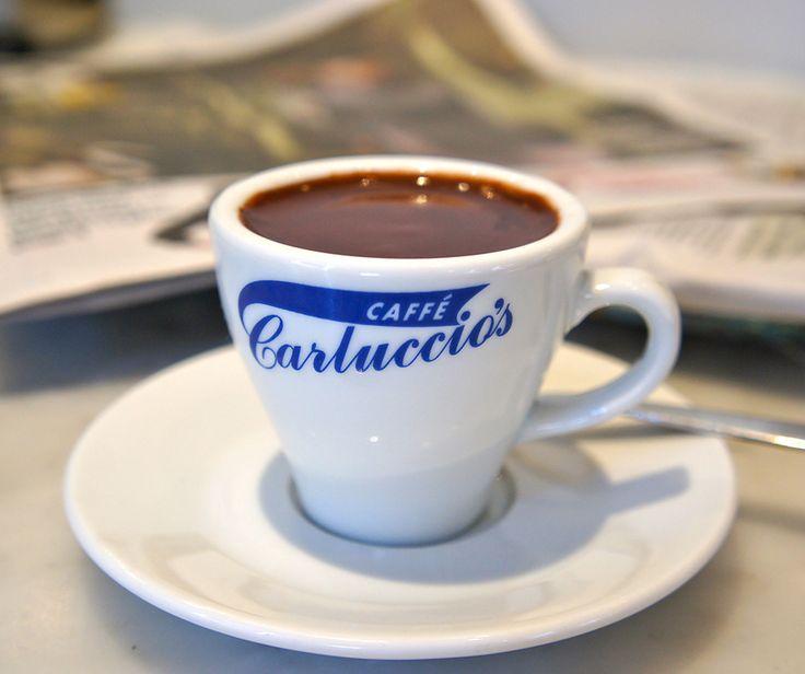 Cioccolata Fiorentina'dan aldığınız her yudum mutluluk olarak geri dönecek! #CarlucciosTR #Coffee #italian