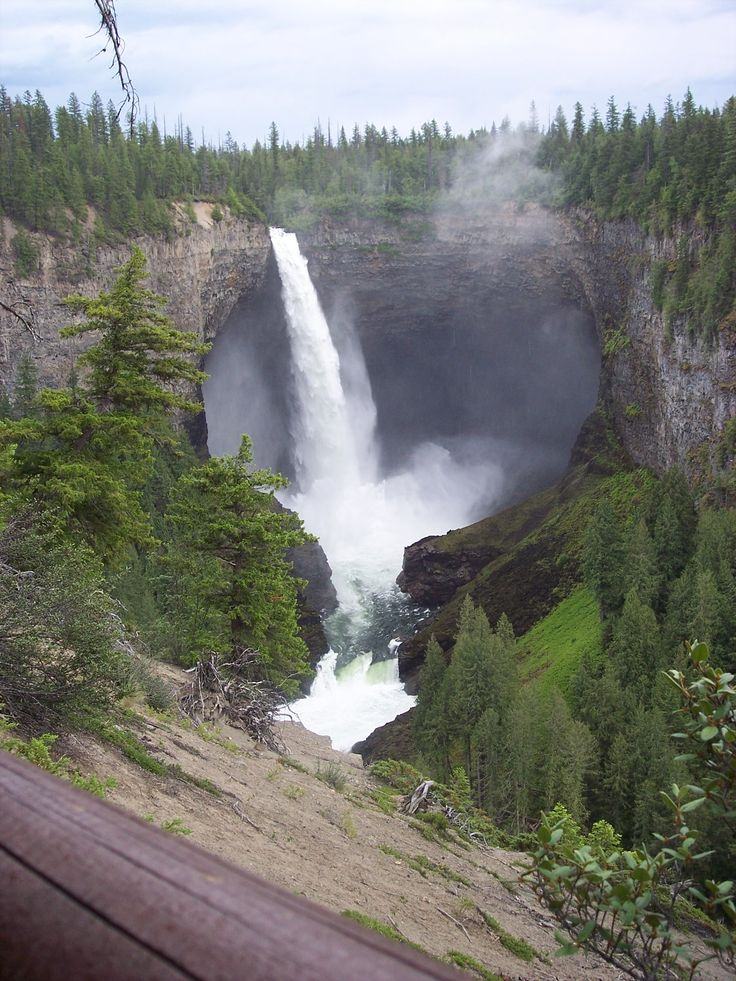 Been there and this is one of the most incredible things I've ver seen in my life! Wells Grey Park Canada; Helmcken falls