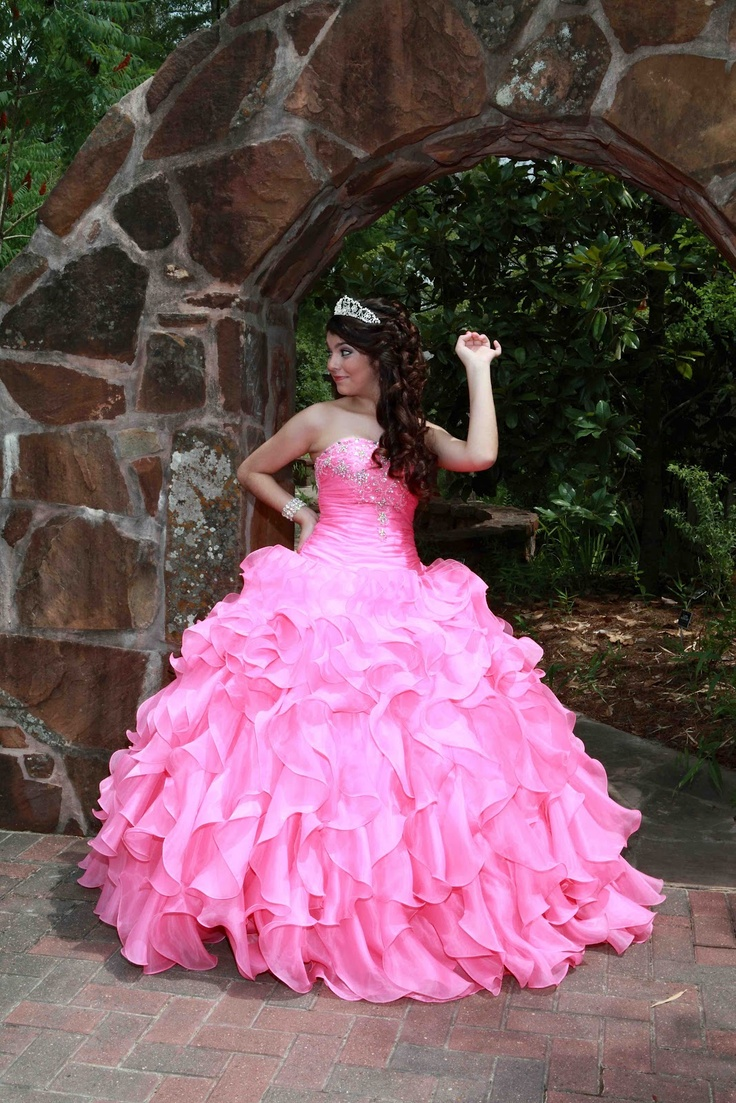 294 best Vestidos para la princesa images on Pinterest | Quince ...