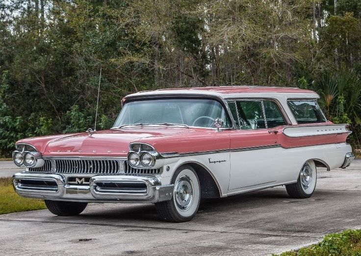 1957 Mercury Voyager - one of 2,300 pillarless two-door models produced for '57 - retrofitted A/C & 368ci Y-block V8.