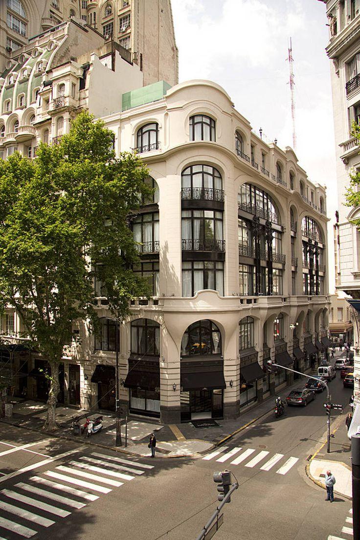 BUENOS AIRES  - Hoteles de la Avenida de Mayo recuperan su esplendor