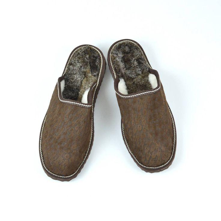 Slippers Men, Brown Slippers, Handmade Slippers, Leather Slippers, Gift for Dad, Sheepskin Slippers, Fur Slippers, Felt Slippers, Winter