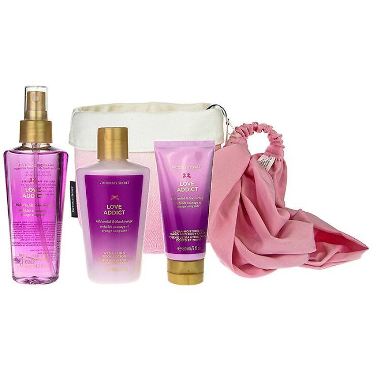 Victorias Secret - Set cadou VS7 (Spray de corp, 125ml; Lotiune de corp, 125 ml; Crema pentru maini si corp, 50 ml; Bentita de par, roz), pentru femei - Incolor