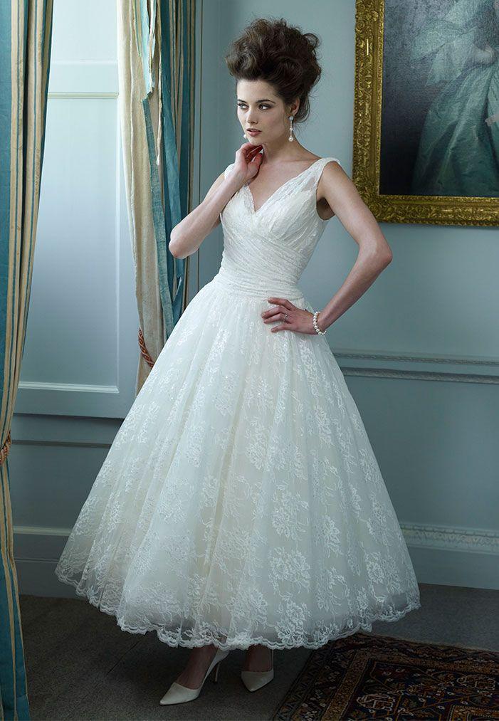 690 best Short Wedding Gowns images on Pinterest | Short wedding ...