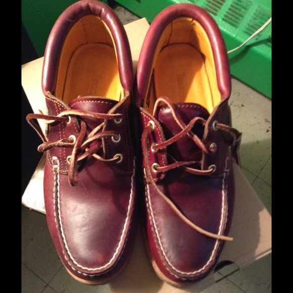 Timberland shoes size 8.5 Timberland men's icon 3- eye classic lug shoe size 8.5 in excellent condition, like new. Only worn a few times. Timberland Shoes