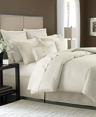 Martha Stewart Collection Marble Flowers 9 Piece Comforter