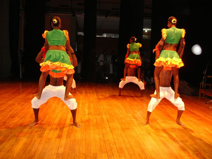 II Encuentro Semilleros de Danzas Seccionales Universidad de Antioquia Grupo Urabá.