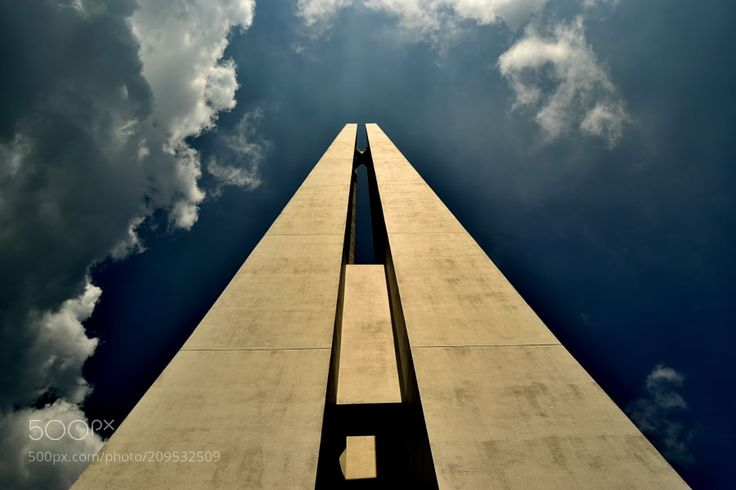 Cenotaph by justgin